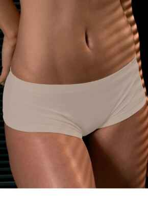After Eden Seamless Shorts - White