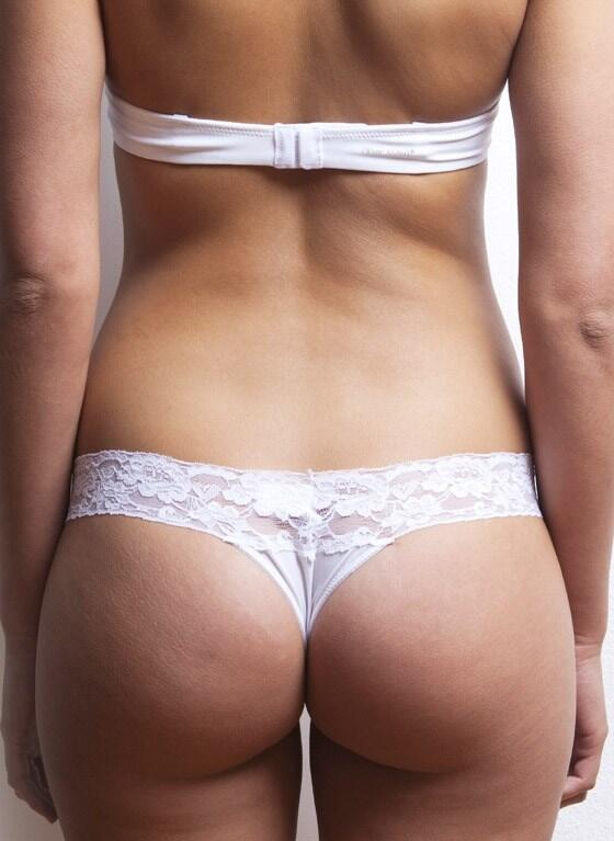 After Eden thong with lace trim - white